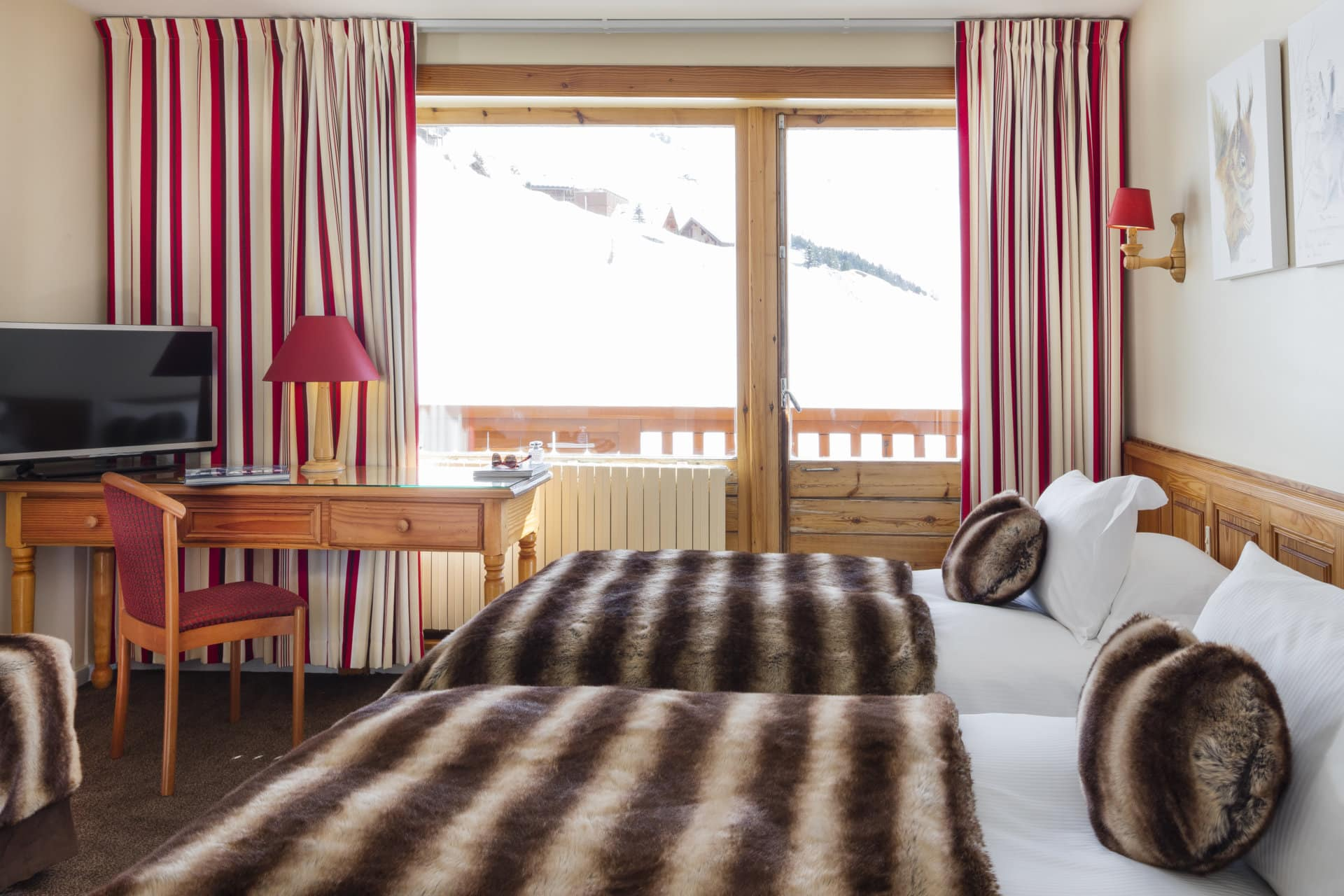 hotel-ours-blanc-les-menuires